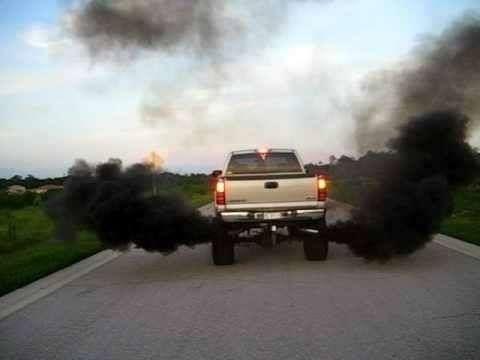 Saiba como evitar que o óleo sintético solte fumaça