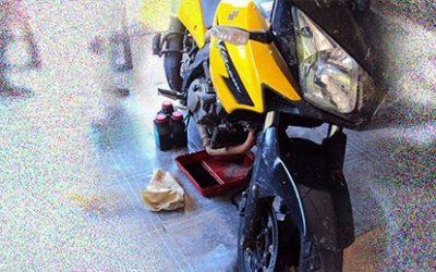 Moto parada + Gasolina Vencida = Problemas